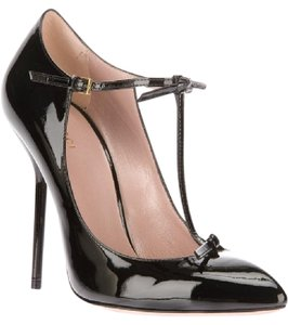 Gucci Beverly T-strap Patent Leather black Pumps