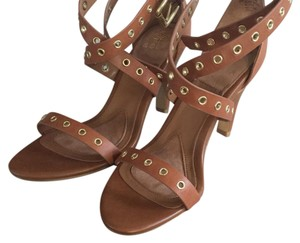 Isola Brown/Tan Pumps
