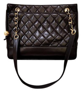 Chanel Lambskin Quilted Vintage Shoulder Bag