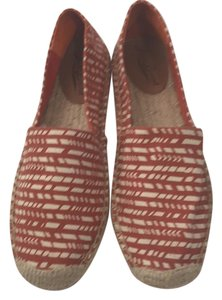 Lucky Brand red and white Flats