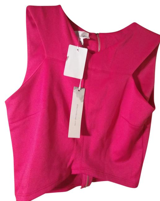 Item - Fuschia Cropped with Zipped Back Activewear Top Size 10 (M, 31)