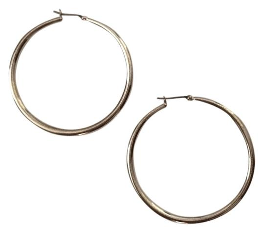 Preload https://item5.tradesy.com/images/silver-colored-plated-hoop-earrings-2071804-0-0.jpg?width=440&height=440