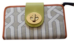 Spartina 449 Spartina 449 lime green and ivory