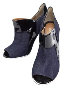Fendi black, blue Pumps