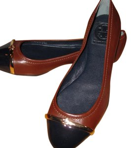 Tory Burch Almond Leather w/ Navy Patent Leather Cap Toe Flats