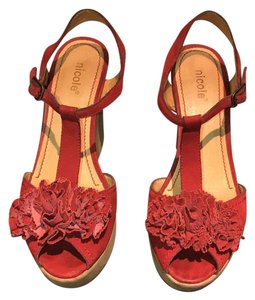 Nicole Red Pumps
