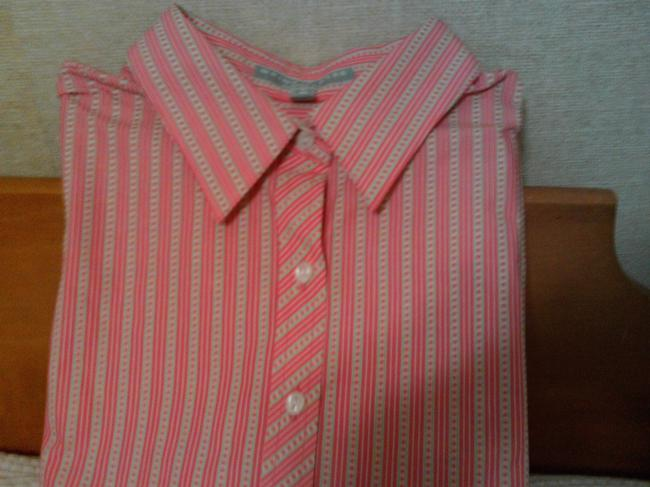 Preload https://item4.tradesy.com/images/foxcroft-shaped-fit-non-iron-button-down-shirt-2071963-0-0.jpg?width=400&height=650