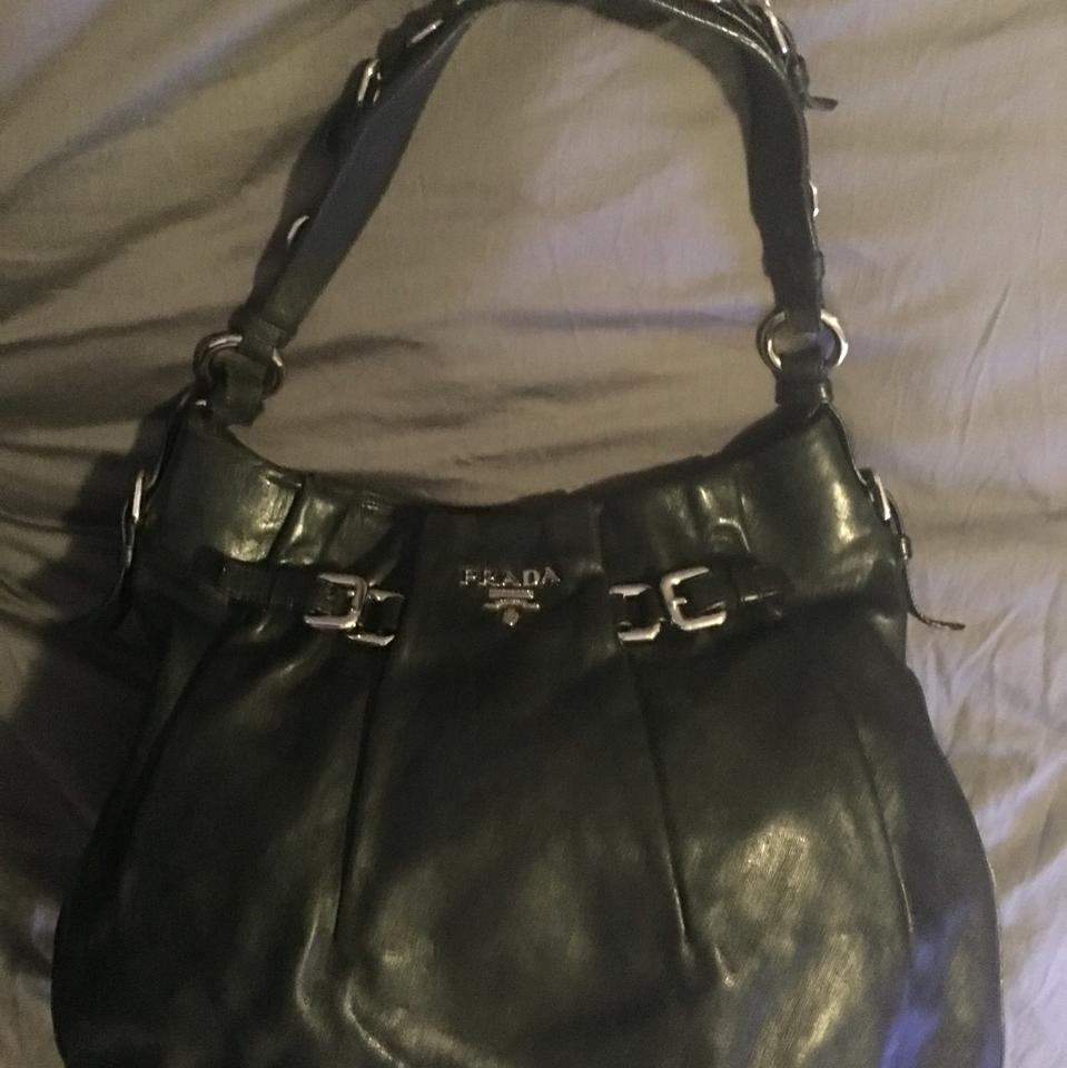 With Bag Hardware Silver Leather Black Hobo Prada pqZxdPp