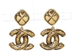Chanel Chanel Gold Quilted CC Drop Vintage Large Clip On Earrings