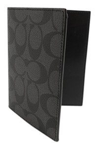 Coach Coach Men's F93518 Passport Case in Signature Charcoal/ Black