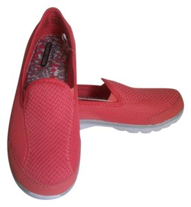 Danskin Loafers Workout Size 8 Coral Athletic