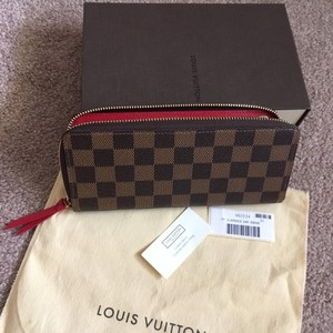Louis Vuitton Like New ! Clemence wallet