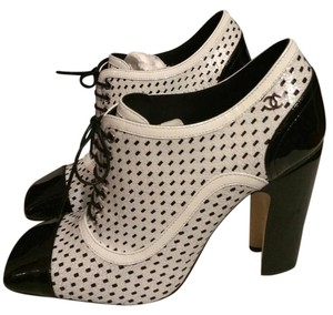 Chanel Open Toe Black/White Patent Perforated Lace Up Ankle Heels Boots/Booties Boots