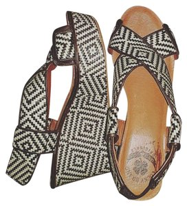 Lucky Brand Black and white Wedges
