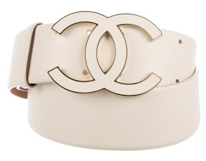 Chanel White leather Chanel oversized interlocking CC logo belt XL