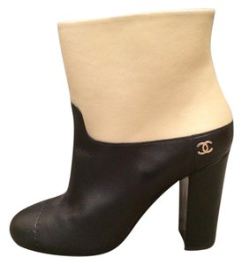 Chanel Cc Two Tone Black/Beige Boots