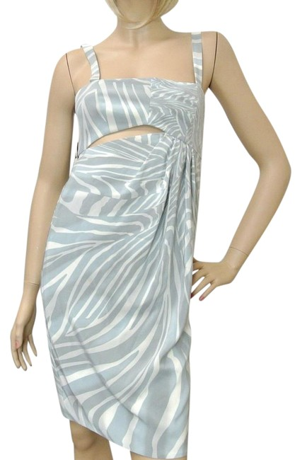 Item - Gray/White W New Strapless W/Cut Design 40 257 Mid-length Night Out Dress Size 4 (S)