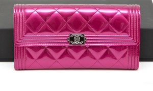 Chanel Chanel 15B Fuchsia Patent Leather Le Boy Quilted Flap Wallet Long