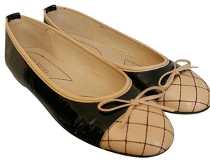 Bellofatto Black patent & cream Flats