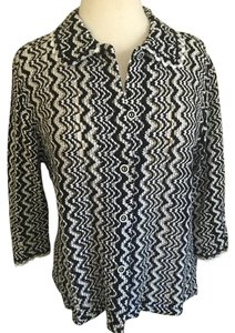 Cynthia Max Knit Buttoned 3/4 Sleeve Cardigan