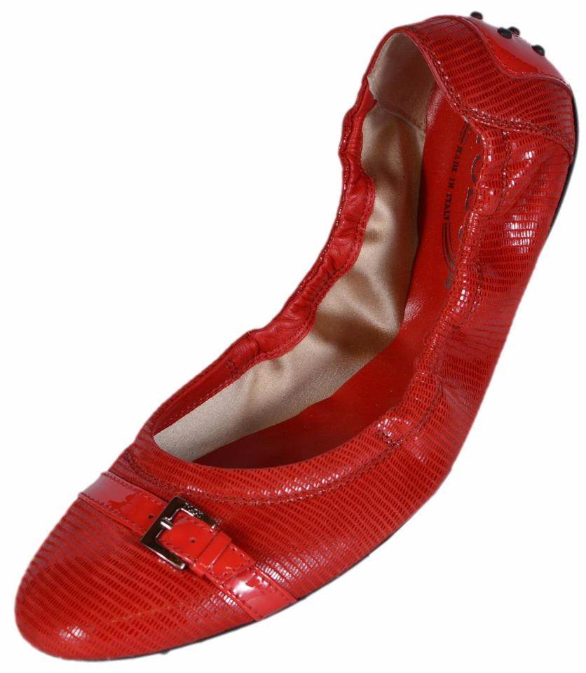 0d7a60404 Tod's Red Women's Patent Leather Dee Buckle Ballerina Ballet Flats ...