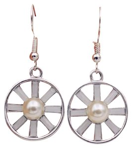 Other Sterling Silver Hollow Hoop Flower Earrings With Pearl Center