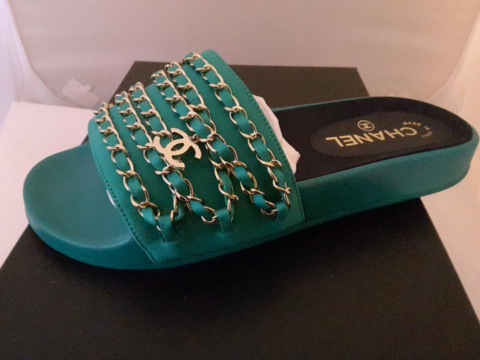bfc5df07e62a Chanel Green Tropiconic Chain Sandals Fabric Mules Slides Size EU 38  (Approx. US 8) Regular (M