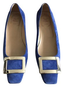 Roger Vivier Suede Leather Champagne Buckle blue Pumps