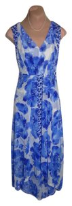 BLUE FLORAL PRINT STRETCHY Maxi Dress by Simply Vera Vera Wang Excellent Clean Cond Maybe Worn Once Lovely Flowy