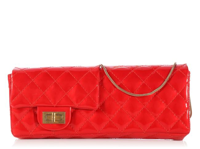 Item - 2.55 Reissue Reversible Quilted Red Patent Leather Clutch
