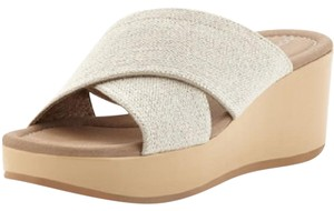 Donald J. Pliner nude/ off white Wedges