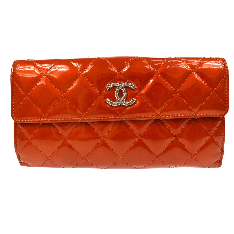89ad4b37843043 Chanel CHANEL Patent Quilted Brilliant long Large Flap Wallet red Image 0  ...