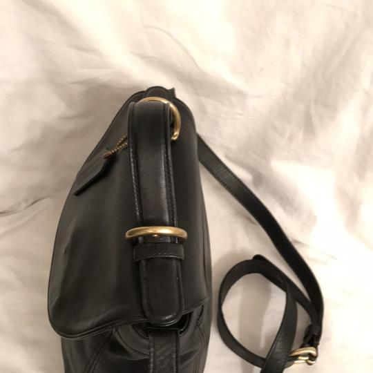 Coach Purse Handbag Cross Body Shoulder Vintage Satchel in Black Gold