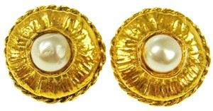 Chanel CC Vintage Gold Earrings
