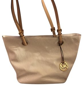 Michael Kors Tote in white with beige