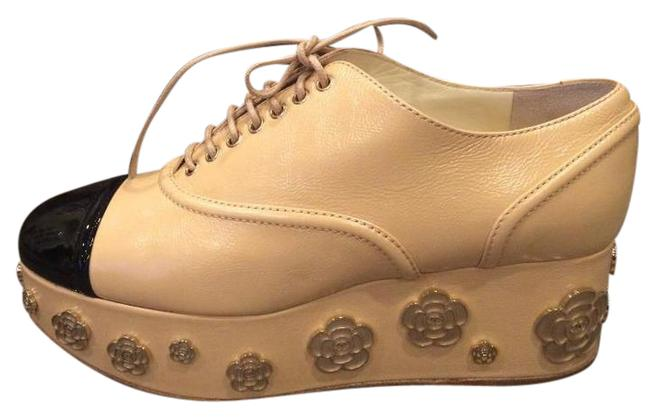 Item - Beige 16p Leather Camellia Lace Up Heels Oxford Boots Platforms Size EU 37.5 (Approx. US 7.5) Regular (M, B)