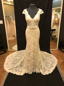 Martina Liana Ivory Lace Over Honey Gown with Bisque Grosgrain Belt 809 Vintage Wedding Dress Size 10 (M)