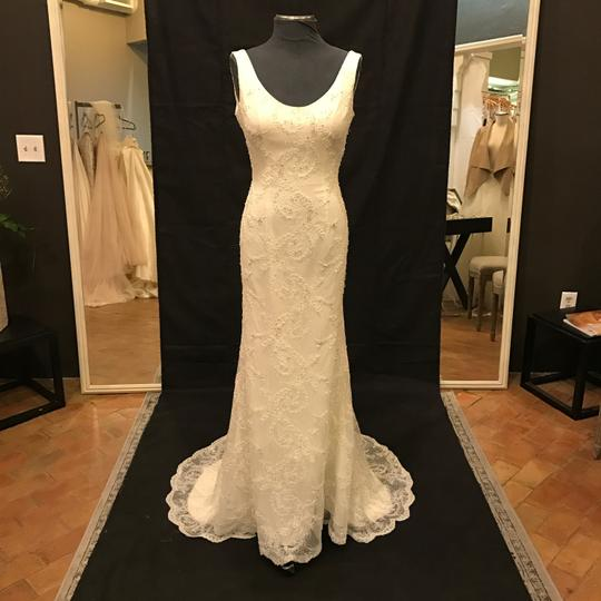 Preload https://img-static.tradesy.com/item/20728320/robert-bullock-bride-ivory-lace-with-reeve-traditional-wedding-dress-size-8-m-0-0-540-540.jpg