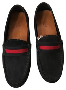 Gucci navy suede Flats