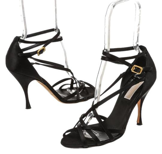 Preload https://img-static.tradesy.com/item/20728725/michael-kors-black-satin-strappy-open-toe-8-210041-sandals-size-us-8-regular-m-b-0-1-540-540.jpg