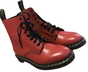 Dr. Martens Doc Martin New New Black New Doc Martin Red Boots