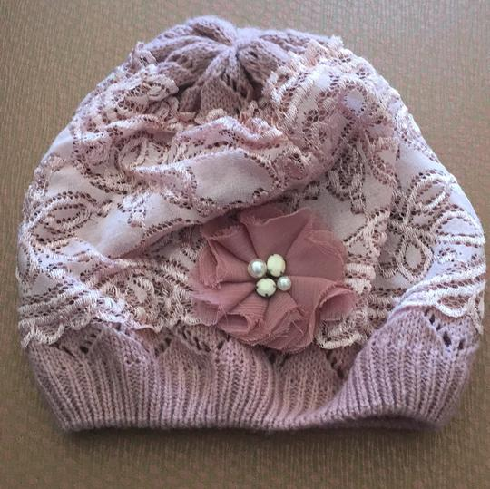 Preload https://img-static.tradesy.com/item/20729505/claire-s-dusty-rose-hat-0-0-540-540.jpg