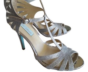 Betsey Johnson Vintage Wedding Prom Sexy Silver Pumps
