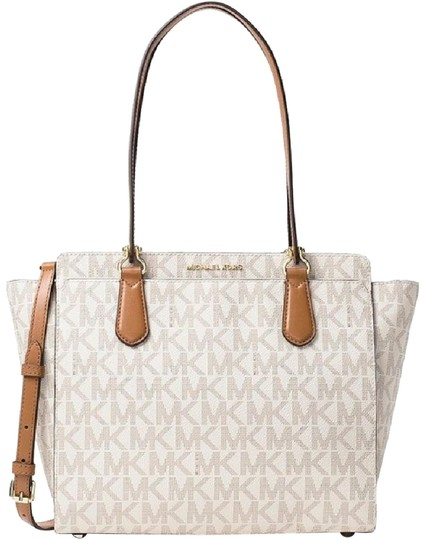 Preload https://img-static.tradesy.com/item/20730392/michael-kors-dee-dee-large-signature-convertible-vanilla-coated-canvas-tote-0-2-540-540.jpg