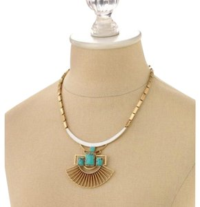 Stella & Dot Sunray Pendant Necklace