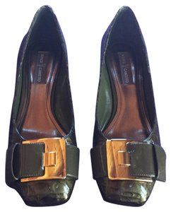 Vince Camuto Olive & golden green Flats