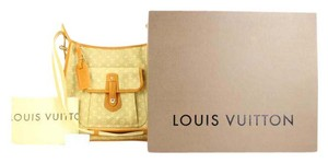 Louis Vuitton Crossbody Cross Body Marykate Evelyne Shoulder Bag