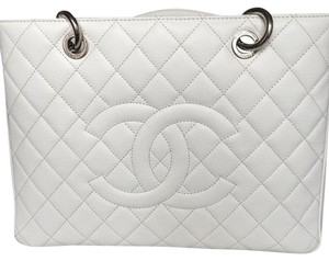 Chanel Gst Caviar Tote in white