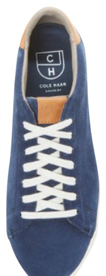 Preload https://img-static.tradesy.com/item/20731837/cole-haan-blue-trafton-club-court-flats-size-us-55-regular-m-b-0-1-540-540.jpg