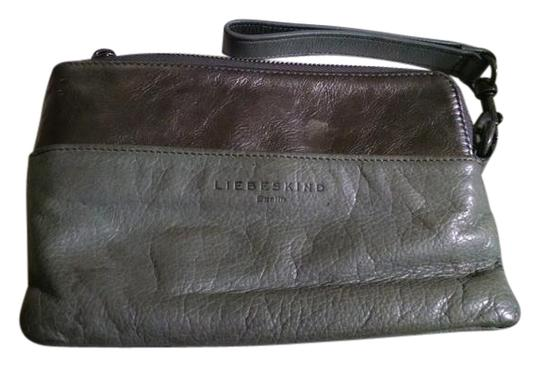 Preload https://img-static.tradesy.com/item/20731953/liebeskind-grey-leather-clutch-0-1-540-540.jpg